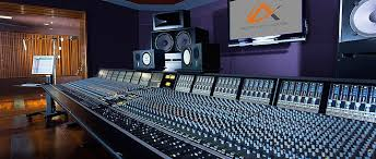 5 Los Angeles Music Studios For Aspiring Musicians