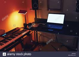 Details Of Small Modern And Simple Home Recording Studio