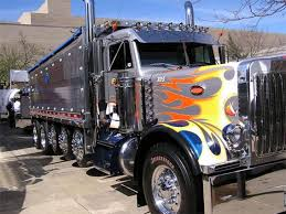 100 Show Semi Trucks Cool Custom Paint Job And Brilliant Chrome Bad Ass