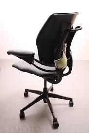 humanscale freedom chair studiomodern