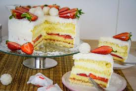 kiras bakery raffaello torte kokos erdbeer torte mit