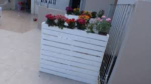 Wooden Pallet Bench With Flower Planter