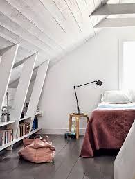 chambres sous combles comment aménager une chambre sous les combles visitedeco