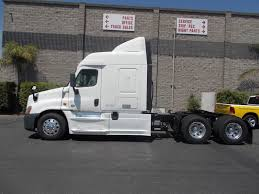 FREIGHTLINER Trucks For Sale In California