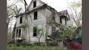 100 Three Story Houses CREEPY THREE STORY ABANDONED HOUSE Abandoned House In The Woods