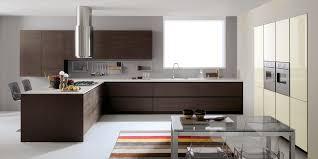 cuisine marron et blanc maison interieur beverly
