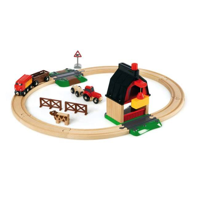 Brio Farm Railway Play Set