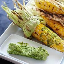 cuisiner des epis de mais épis de maïs au beurre de coriandre châtelaine
