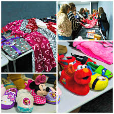 Palace Pets Pumpkin Walmart by Super Soft And Cozy Pajamas And Robes For Christmas Frugal Upstate