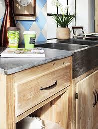 porte de cuisine en bois brut cuisine bois massif vintage et rétro made in meubles