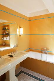 badezimmer mit vintage bild kaufen 12440701