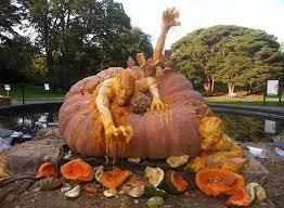 Worlds Heaviest Pumpkin Pie by Monstrous Pumpkin Sculptures World S Largest Pumpkin