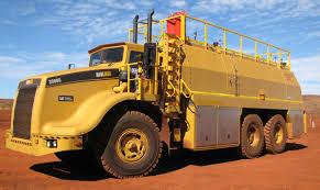 3900-service-truck – Elphinstone Pty Ltd