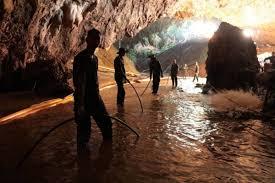 Así Es El Entrenador De Los Niños Atrapados En La Cueva De Tailandia