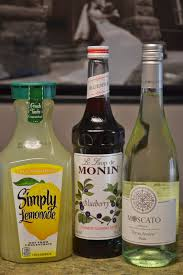 The Bloated Bride Olive Garden Copy Cat Recipe Moscato Berry Splash