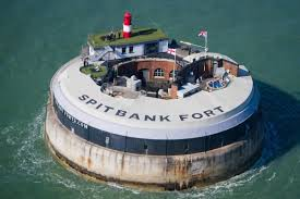 100 Spitbank Fort Solent S And Hamble Powerboat Charters HAMBLE POWERBOAT CHARTERS