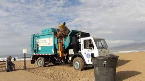 Santa Monica's Pendpac Garbage Truck On The Beach - YouTube