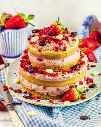 Hochzeitstorte Mit Erdbeeren Und Limetten Protein Erdbeer Jogurt Torte
