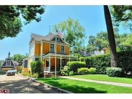 Halloween Attractions In Pasadena by Here Are 17 Of The Oldest Houses For Sale In La County