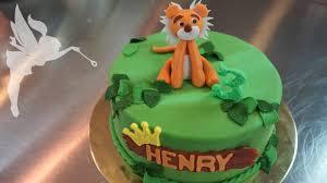 motivtorte fondant tiger tiger torte aus fondant fondanttorte mit tiger design kuchenfee