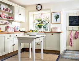 vintage country cottage kitchen u shaped white maple wood kitchen