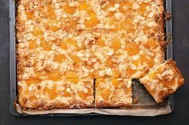 blechkuchen mit aprikosen