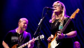 Tedeschi Trucks Band Bringt Neues Live-Album Und Konzertfilm Heraus