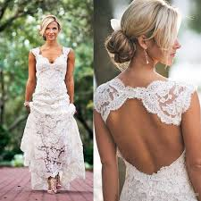 Discount 2017 Full Lace Wedding Dresses Country Style Pluging V Neck Cap Sleeves Keyhole Back A Line Vintage Custom Made Bridal Gowns Vestios