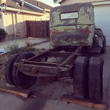 1941 Ford Truck - Rear End Shenanigans - Mounting And Locating A ...