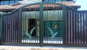 Door Design : Door Design Latest Paint Colour Trends Of Gates And ... Iron Gate Designs For Homes Home Design Emejing Sliding Pictures Decorating House Wood Sizes Contemporary And Ews Latest Pipe Myfavoriteadachecom Modern Models Concepts Ideas Building Plans 100 Wall Compound And Fence Front Door Styles Driveway Gates Decor Extraordinary Wooden For The Pinterest Design Of Geflintecom Choice Of Gate Designs Private House Garage Interior