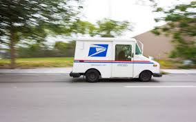 Postal Carrier Secrets Your Mailman Wishes You Knew | Reader's Digest
