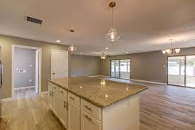 Vinyl Flooring Pros And Cons by Vinyl Flooring Pros Cons U0026 Types Homeadvisor