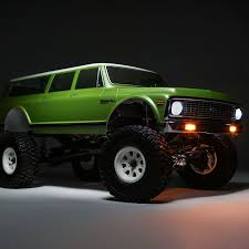 Vaterra 1972 Chevy Suburban Ascender-S RTR 1/10 4WD [VIDEO] - RC Car ...