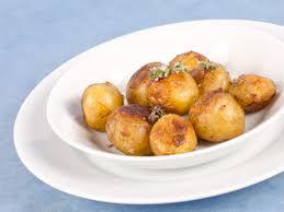 comment cuisiner les pommes de terre de noirmoutier bonnotte de noirmoutier rôtie à la fleur de thym et concours