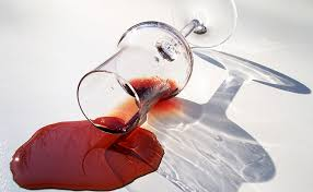 comment enlever des aur oles sur un canap en tissu comment enlever et nettoyer une tache de vin