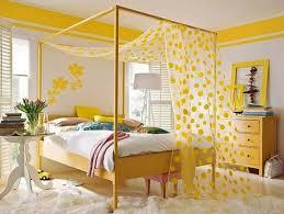 möbel streichen idee in gelb als einrichtungsidee