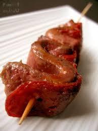 cuisiner coeur de boeuf brochettes de coeur de boeuf au chorizo piment oiseau