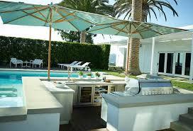 Luxury Modern Outdoor Kitchen