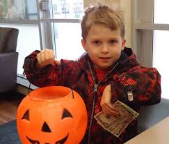 Operation Gratitude Halloween Candy Buy Back by Dentist Makes Sweet Deal To Buy Back Kids U0027 Halloween Candy
