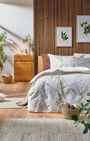 natürlich schlafen in einem schlafzimmer im cozy