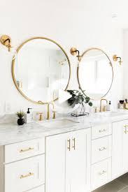 badrenovierung aus gold und weißem marmor 09 badezimmer