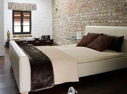 umbauen renovieren schlafzimmer mit ziegelwand bild 12