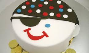 pirate face cake400x500 q75 dx720y432u1r1gg c