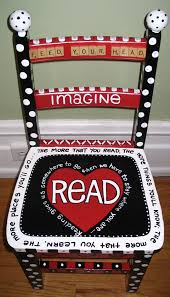 Reading Theme Chair. WOW! I Think I'm Going To Make A ...