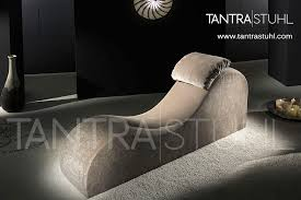 ein stuhl mit elegantem design modern tantra stuhl
