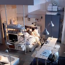 astuces pour aménager un petit studio astuces bricolage astuce de rangement pour petit appartement maison design bahbe com