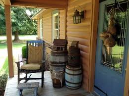 Primitive Decorating Ideas For Outside by 605 Best Primitive And Country Porches Images On Pinterest