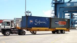 Bomb Carts' Haul Containers At Busy Port Of Charleston - Trailer ...