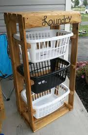 Turn Pallets Into A Laundry Basket Holderthese Are The BEST DIY Pallet