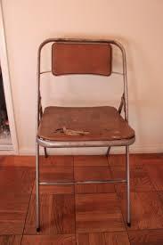 vintage samsonite folding chairs get a makeover queen b vintage